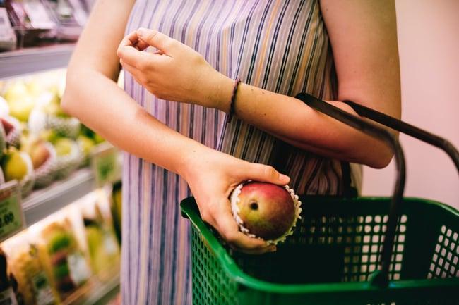 Shopping for mango